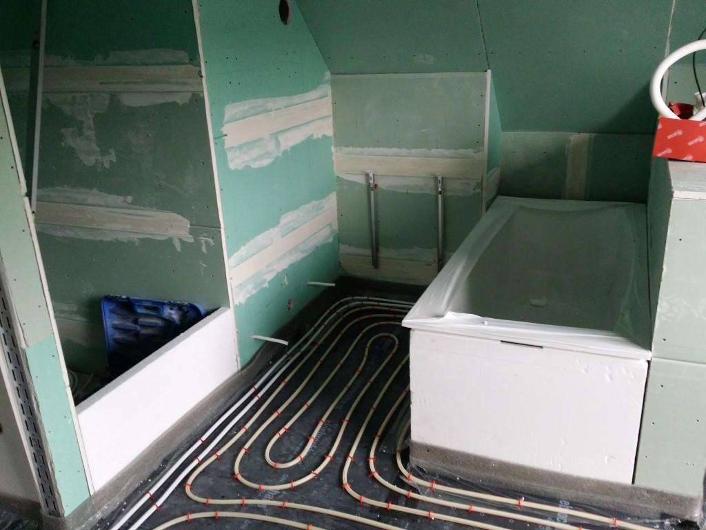 bodend mmung und verlegung der fu bodenheizung stein auf stein. Black Bedroom Furniture Sets. Home Design Ideas